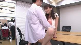 Akiho Yoshizawa20140807