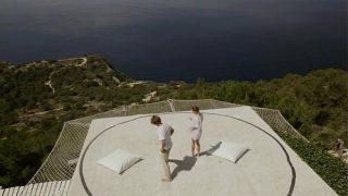 unbelievable art yoga in the sky